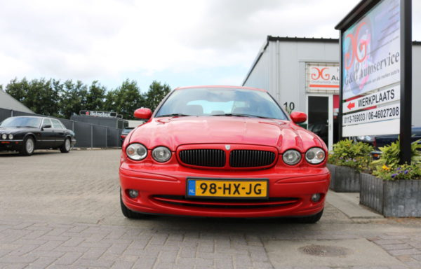 Jaguar X-Type 2.5 V6 sport