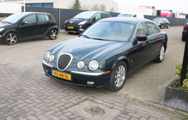 Jaguar s type  3.0 V6 full option!