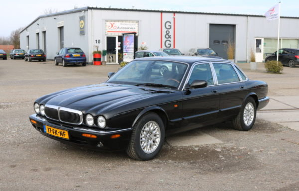 Jaguar XJ 308 Executive