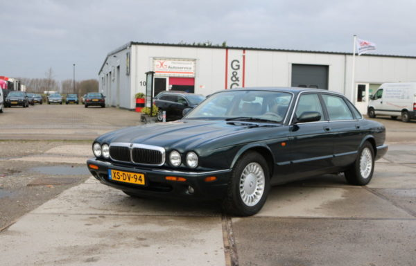 Jaguar XJ 308 3.2 V8  Executive 1999 Emerald Green (VERKOCHT)