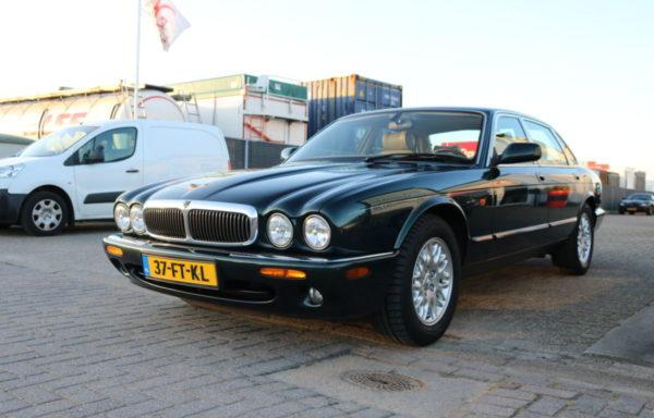 Jaguar XJ 308 3.2 V8 Emerald Green (verkocht)