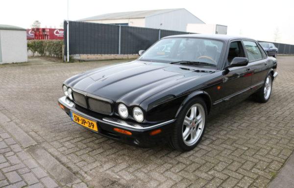 Jaguar XJR Black on Black